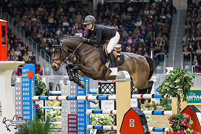 Nicole Walker Claims Canadian Show Jumping Championship Title