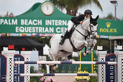 Kristen Vanderveen and Bull Run's Faustino de Tili Win $36k Bainbridge 1.45m Classic