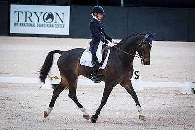 Elisabeth Halliday-Sharp Floats to Top CCI 4*-S Dressage at The Fork