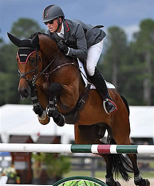Doug Payne Pilots Quintessence to the Win in the $25,000 EMO Grand Prix