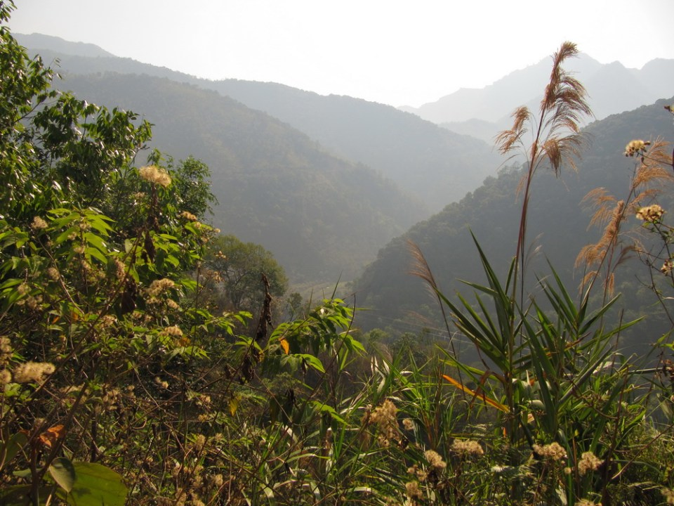 a view on the road from mahei to gua feng zhai
