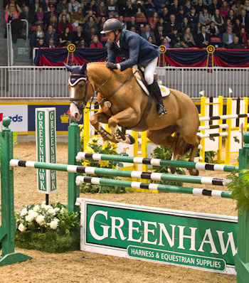 Yann Candele guided Showgirl to victory in the opening round of the Greenhawk Canadian Cup.