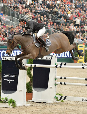 French rider Patrice Delaveau secured his second World Cup series victory with a great performance from the stallion Lacrimoso HDC at Leipzig, Germany, on Sunday.