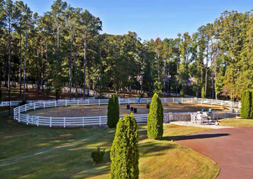 The property offers outstanding equestrian facilities. Photo: Hurwitz James Company
