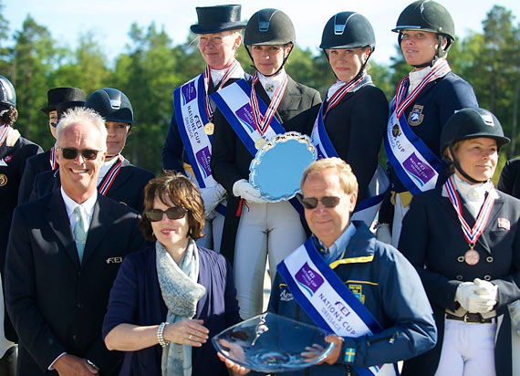 Sweden won the fourth leg of the FEI Nations Cup Dressage series at Kristiansand, Norway. Back row, L-R: Rose Mathisen, Caroline Darcourt, Emilie Nyrerod and Charlotte Haid-Bondegaard. Front, L-R: FEI Dressage Director Trond Asmyr,  Randi Margrethe Eidsaa, Epona and Bo Jena, Swedish Chef d'Equipe.