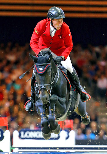 Third placed Hans-Dieter Dreher and Embassy ll.