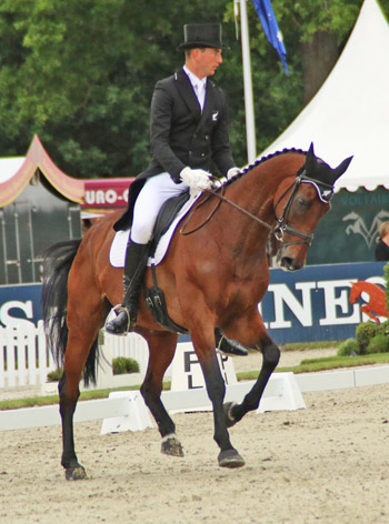 New Zealand's Jesse Campbell and Kaapachino are third in the CCI4* at Luhmuhlen after the dressage phase.