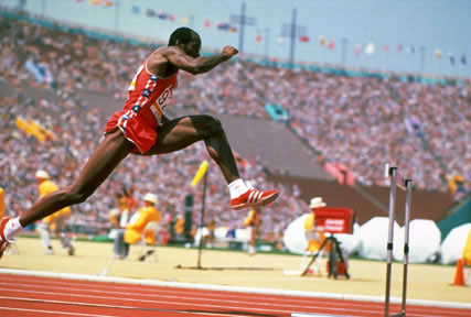 Edwin Moses in action.