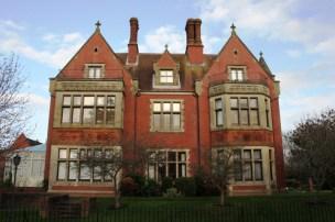 Tanbridge House