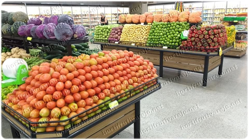 Exposição de hortifruti que vende