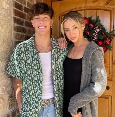 Tayler holder with his girlfriend Charly Jordon