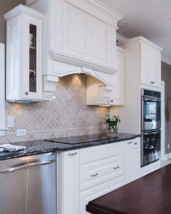 Kitchen Cabinets   Hoskins Interior Design