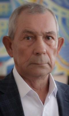 Олег КОМИССАРОВ