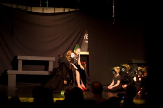 1-8-2012_Cayman_Theater_Wicked_Performance_1_IMG_31131