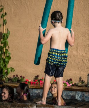 11-15-2014_Michael's_Pool_Party__JPY6622