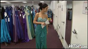 Sweetheart Deals On Prom Dresses At Salvation Army The Salvation