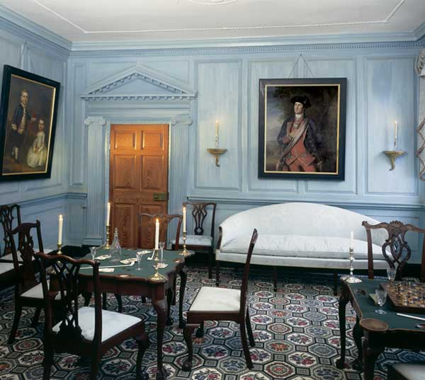 Mount Vernon Dining Room: Host And Serve