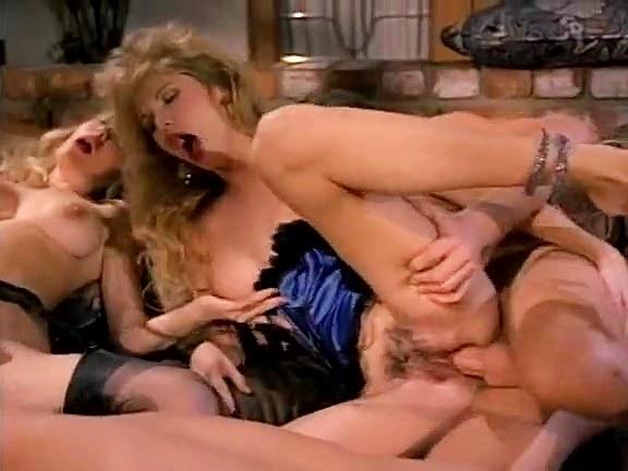 Miss Pomodoro, Moana Pozzi, Barbarella in group vintage sex in most provocative style