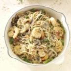 Shrimp Pasta Primavera Photo