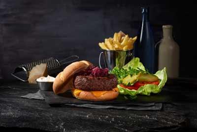 Celebra el Día Mundial de la hamburguesa con FOSTER´S HOLLYWOOD