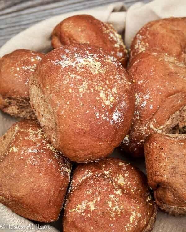 Sweet Molasses Brown Bread Rolls