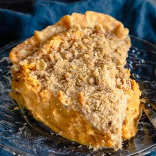 Rich and Creamy Pumpkin Cheesecake Pie