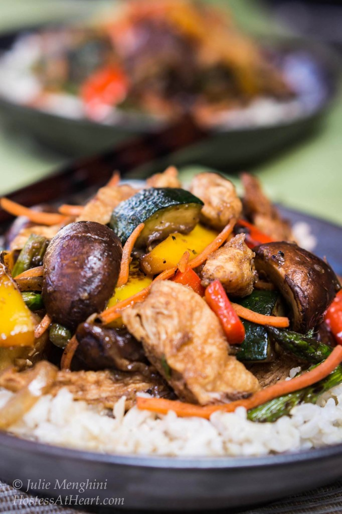 Mongolian Chicken with Roasted Vegetables is quick and easy to make. Best of all, it is delicious to eat and versatile enough that anyone would love it | HostessAtHeart.com