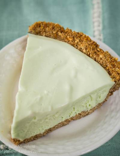 If you love margaritas and frozen pies, your going to love this Magic Margarita Pie. It's quick to put together and a great way to celebrate Cinco de Mayo! | HostessAtHeart.com