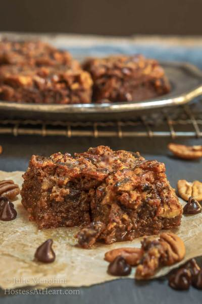 Easy Dark Chocolate Toffee Bar Brownies Hostess At Heart