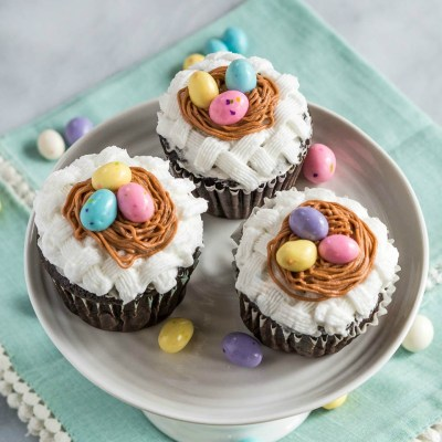 Basket weave cupcakes with bird nests