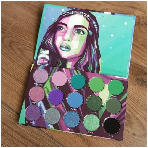 blush tribe hasina 2 eyeshadow palette review swatch makeup look look 3 looks 1 palette fair skin
