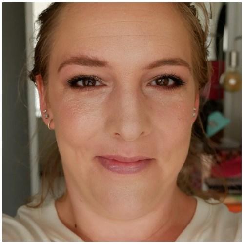 catrice clean id glow prime & fix makeup setting spray review swatch application makeup look fair skin dry skin sensitive skin