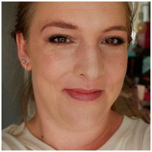 holika holika jelly dough blush review swatch makeup look application k-beauty yesstyle fair skin dry skin rose jelly
