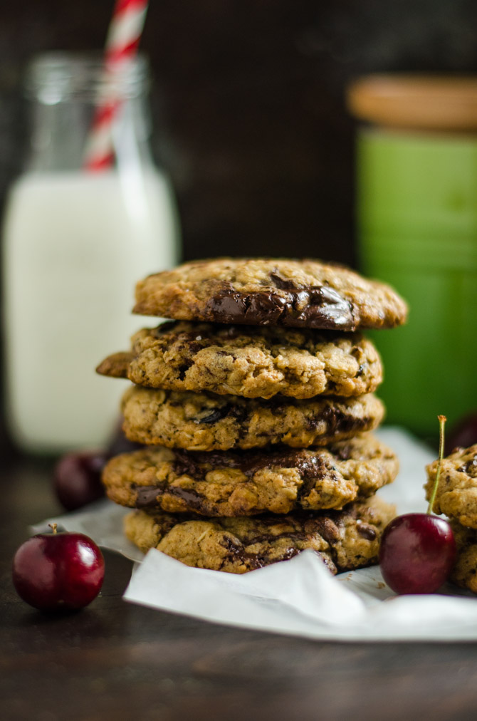 Chewy Cherry Chocolate Chunk Oatmeal Cookies. A major upgrade to the oatmeal raisin cookies of your past, these soft and gooey chocolate-loaded cookies will become a fast favorite! | hostthetoast.com