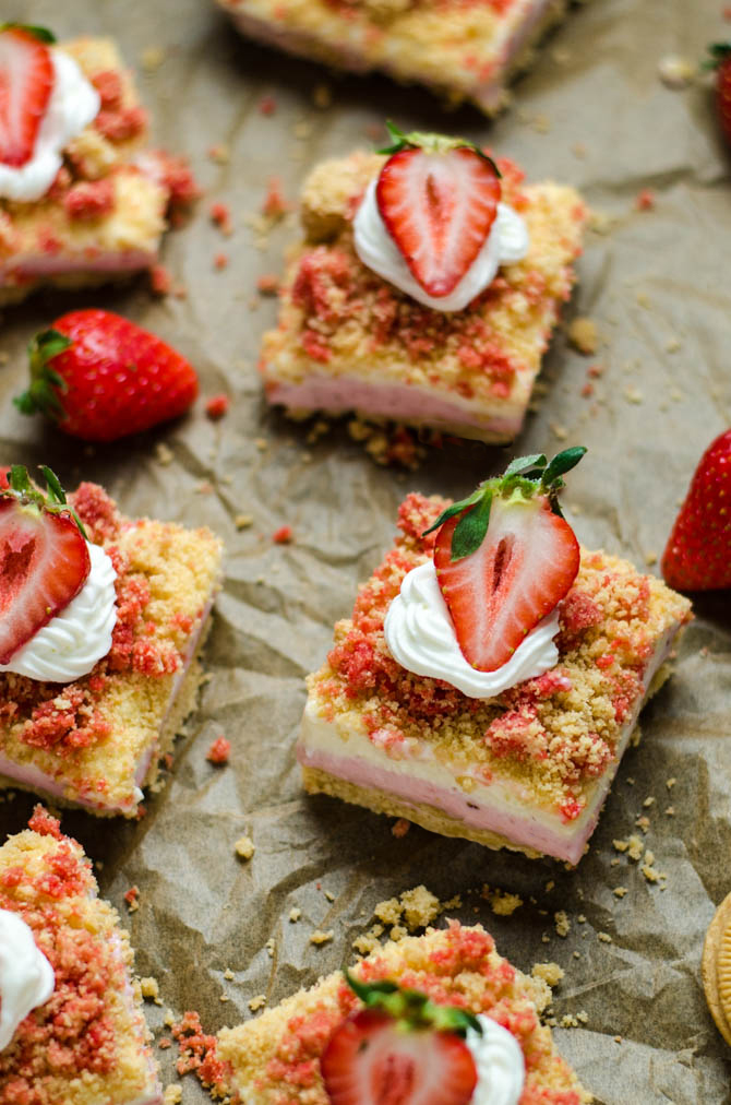 No Bake Strawberry Shortcake Cheesecake Bars. Like the popsicles of your youth, but 100 times better. A rich, sweet, tangy, and delicious dessert.   hostthetoast.com