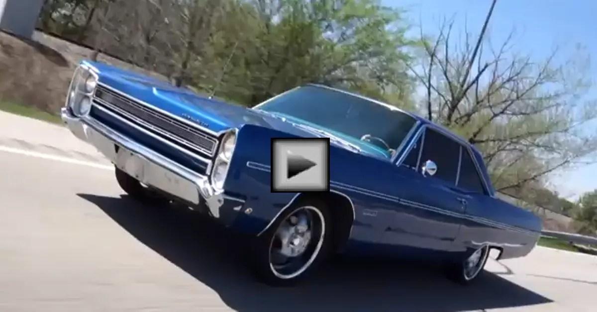 1968 Plymouth Fury III mopar muscle car