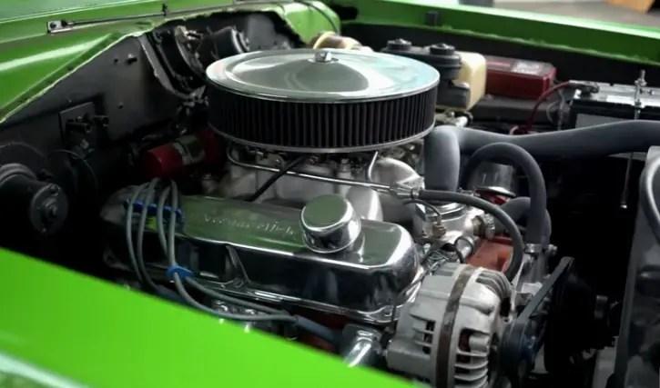 Tire Shredding 1971 Dodge Demon 340 4-Speed