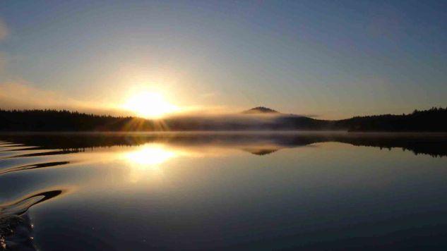 Solnedgång vid Stor-Kingen i Hotagsbygden. Foto Maritha Grelsson