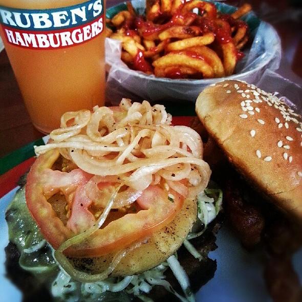 Las hamburguesas en el DF que tienes que probar - hotbook-46