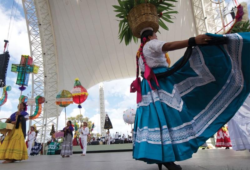 El festival cultural más esperado de Oaxaca: La Guelaguetza - 04_guela-1024x696