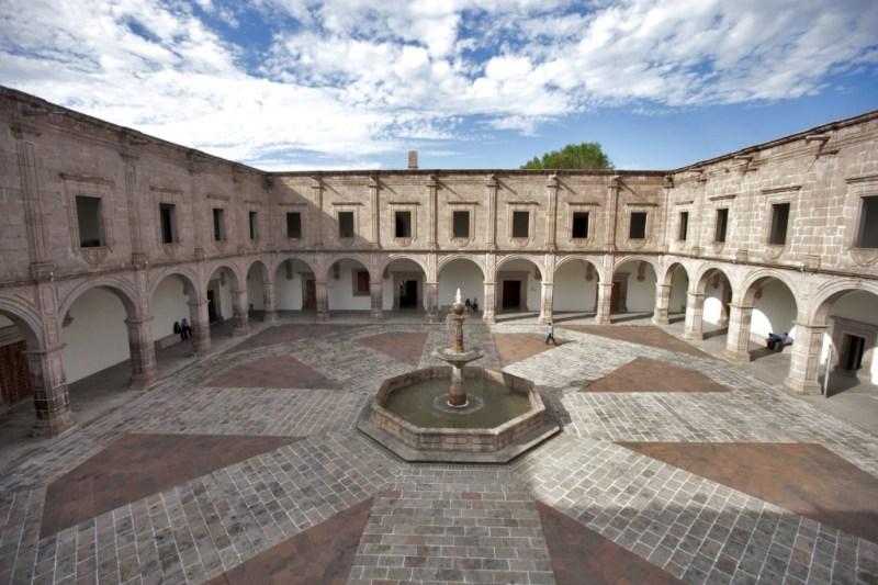 Patio de Museo Regional Michoacano