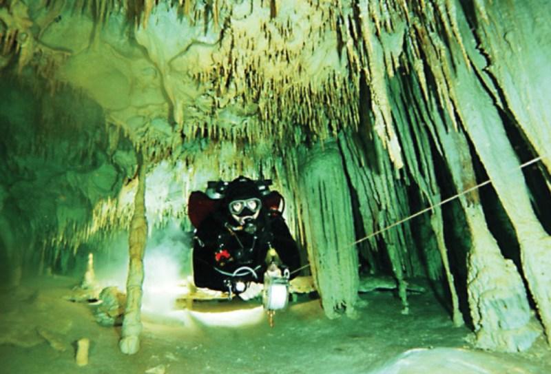 Cenotes LabnaHa, el viejo templo en el agua - 4-1024x696