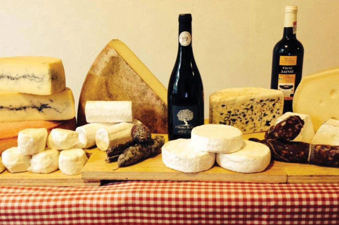 Los 5 mejores quesos de francia by guy le petit gourmand for Guisos franceses