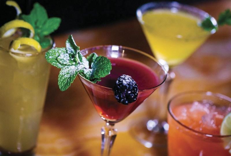 Los mejores restaurantes en San Diego  - restaurantessandiego_hotbook_01-1024x696