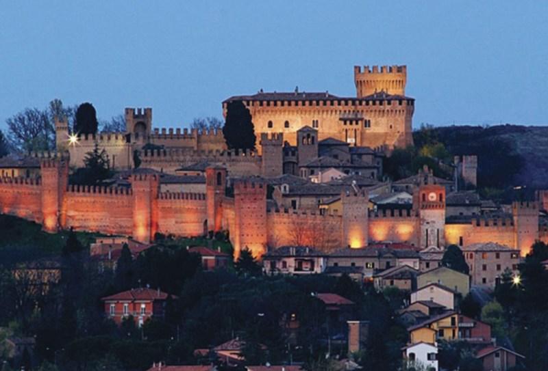 15 Ciudades amuralladas - murallas_hotbook_11-1024x696