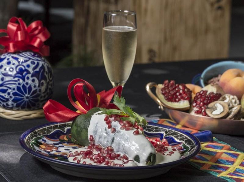 De chile, mole y pozole: los mejores restaurantes de la CDMX para las fiestas patrias - azul