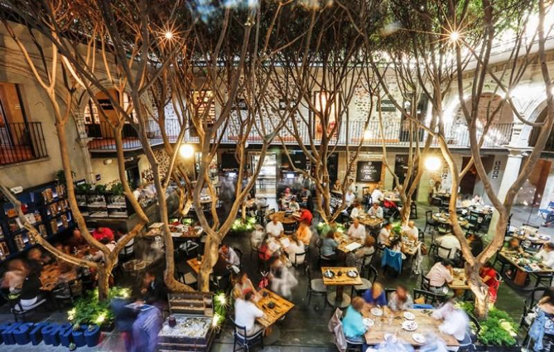 10 lugares en la Ciudad de México donde gozar del Grito    - azulhistorico-785x500