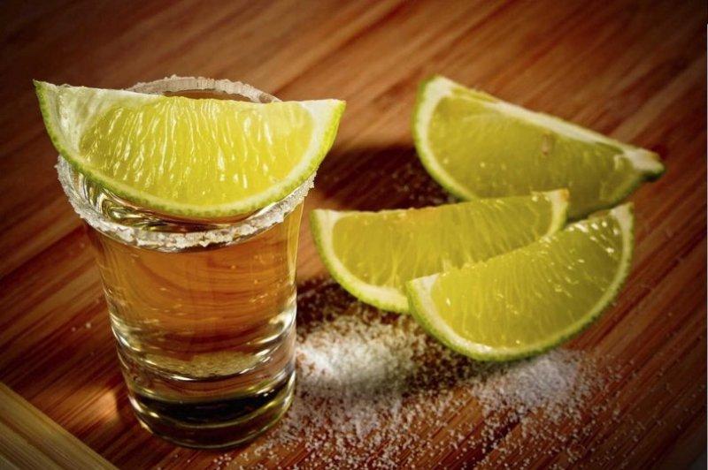 13 ítems que tienes que tener en tu fiesta de Independencia - bebidas-con-tequila-sencillas-4