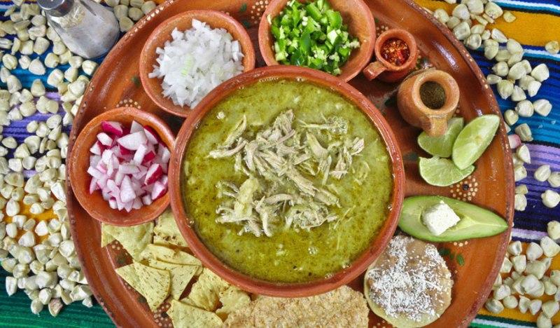 De chile, mole y pozole: los mejores restaurantes de la CDMX para las fiestas patrias - pozole-guerrerense1