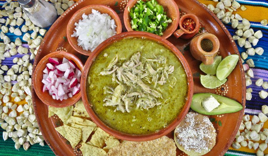 De chile, mole y pozole: los mejores restaurantes de la CDMX para las fiestas patrias - pozole-guerrerense